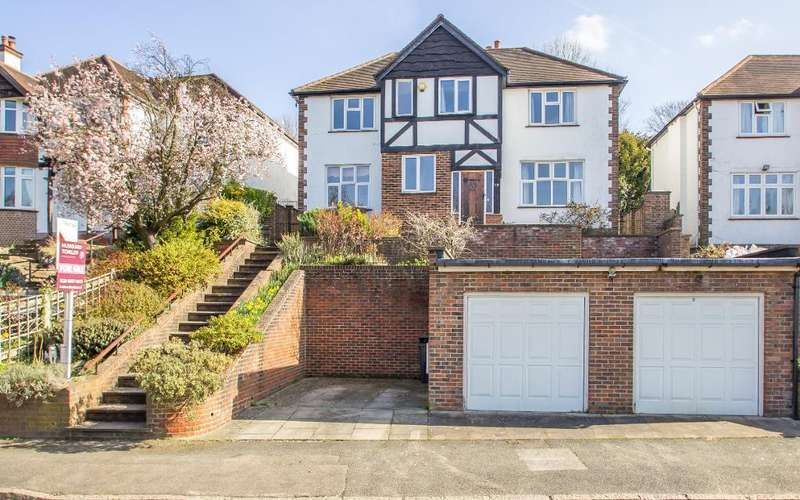 5 Bedrooms Detached House for sale in Brancaster Lane, Purley, CR8 1HJ