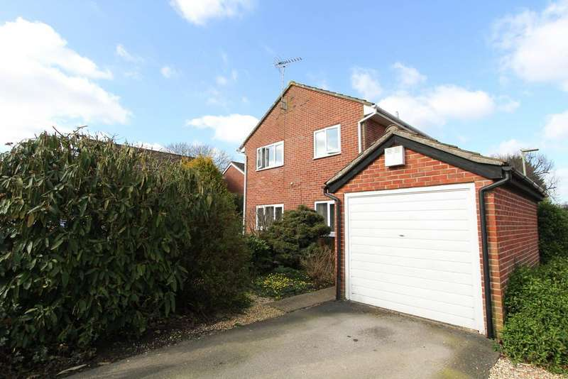 4 Bedrooms Detached House for sale in Petersfield, Hampshire