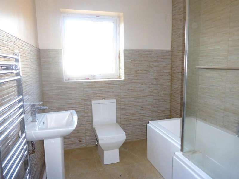 3 Bedrooms Semi Detached House for sale in The Willows, Bryn, Port Talbot