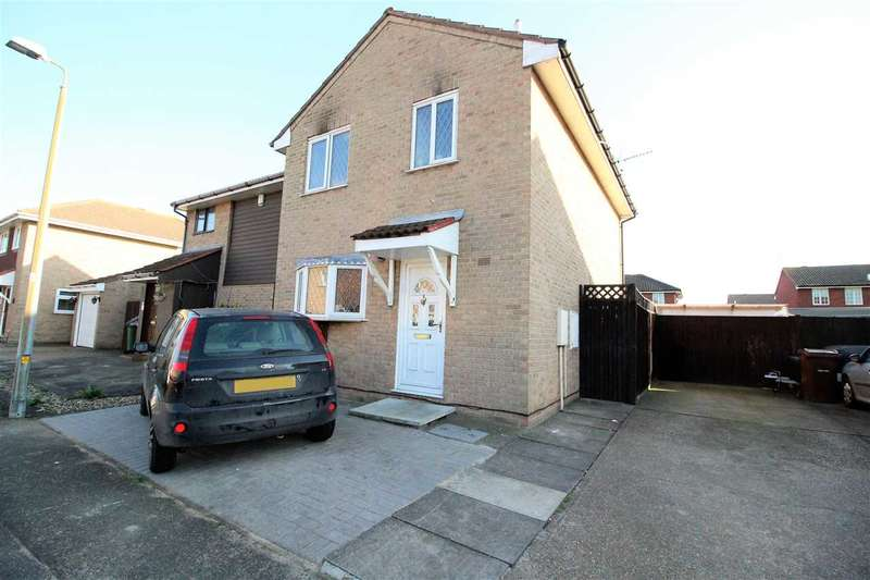 3 Bedrooms Semi Detached House for sale in Medick Court, Grays