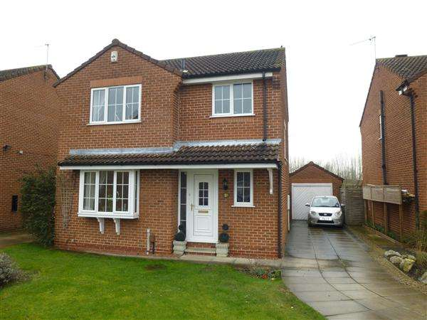 3 Bedrooms Detached House for sale in Rishworth Grove, Clifton Moor, York