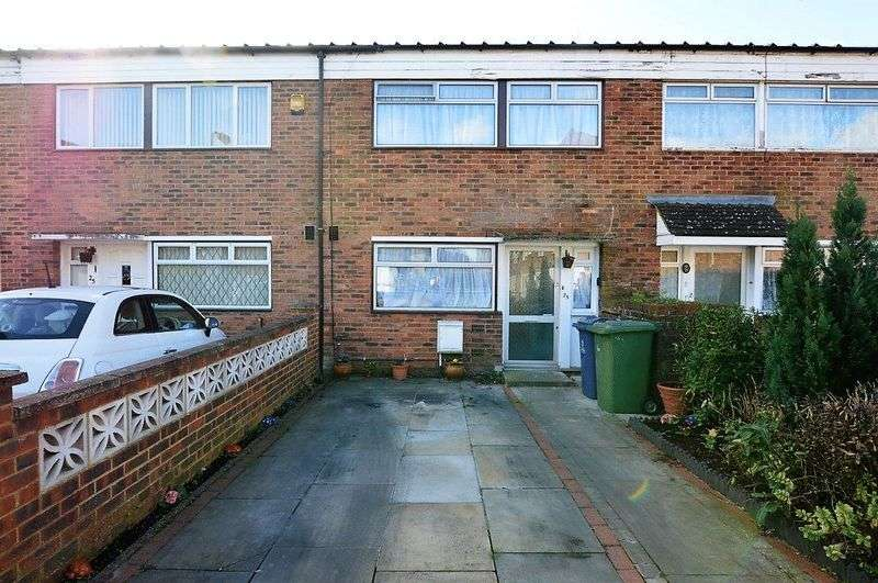 3 Bedrooms Terraced House for sale in Augustine Road, Harrow Weald