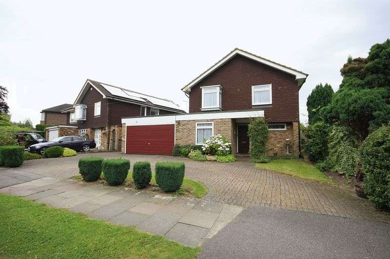 4 Bedrooms Detached House for sale in Cedar Drive, HATCH END