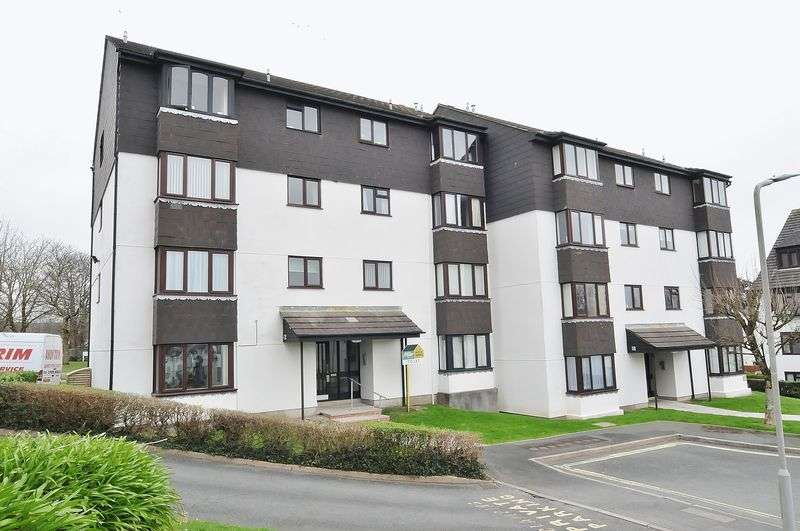 2 Bedrooms Flat for sale in Vaughan Close, Plymouth. 2 Bedroom 2nd floor apartment.