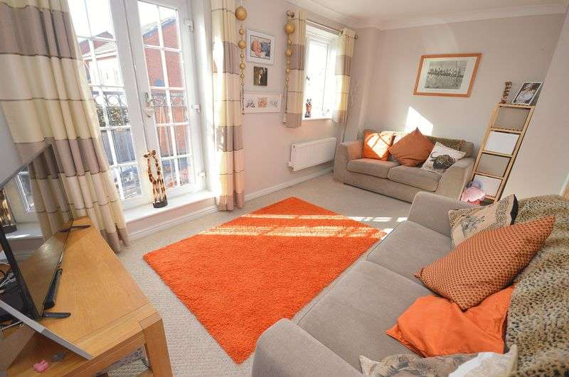 3 Bedrooms Terraced House for sale in Kemberton Drive, Widnes