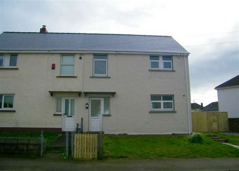 3 Bedrooms Property for sale in Glebelands, Hakin, Milford Haven