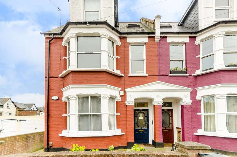 2 Bedrooms Flat for sale in Holmesdale Road, South Norwood, SE25