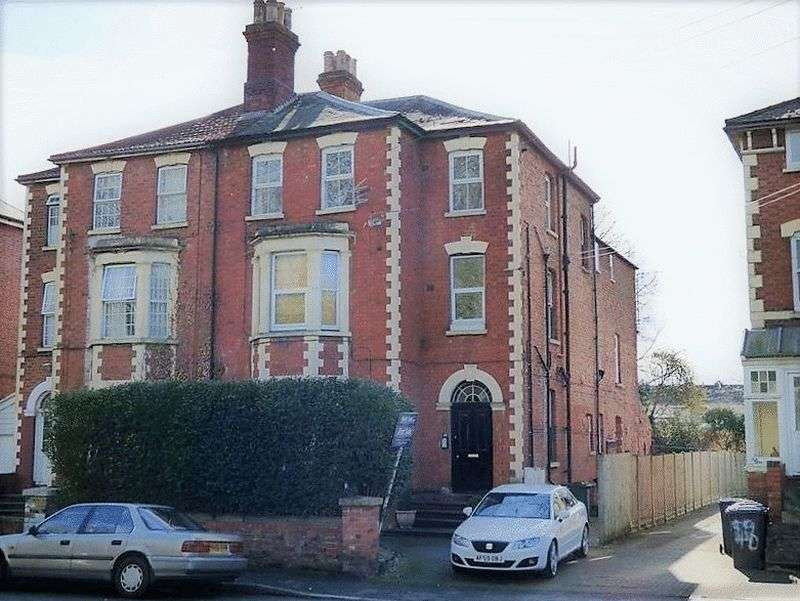 1 Bedroom Flat for sale in Weston Road, Gloucester