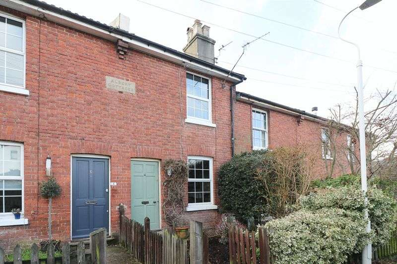 2 Bedrooms Terraced House for sale in Albert Cottages, Tunbridge Wells
