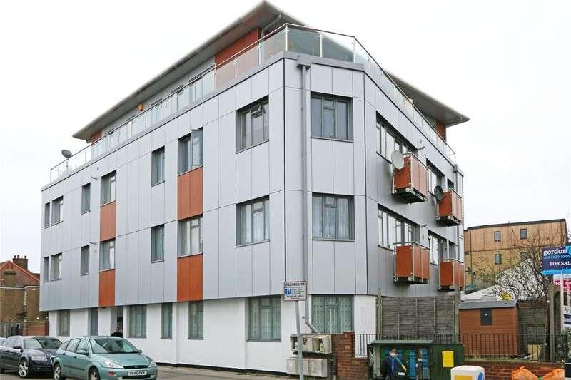 1 Bedroom Flat for sale in Redwood House, 30 Thornton Road, Thornton Heath, CR7