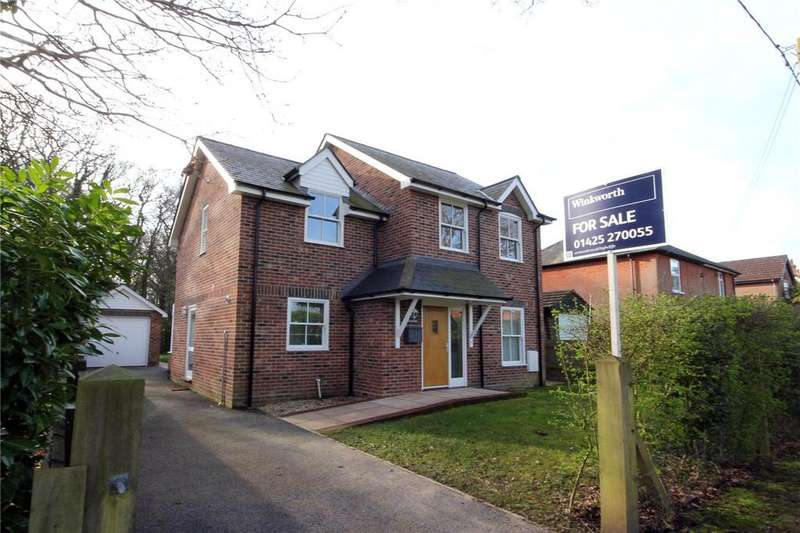 4 Bedrooms Detached House for sale in St Johns Road, Bashley, Hampshire, BH25