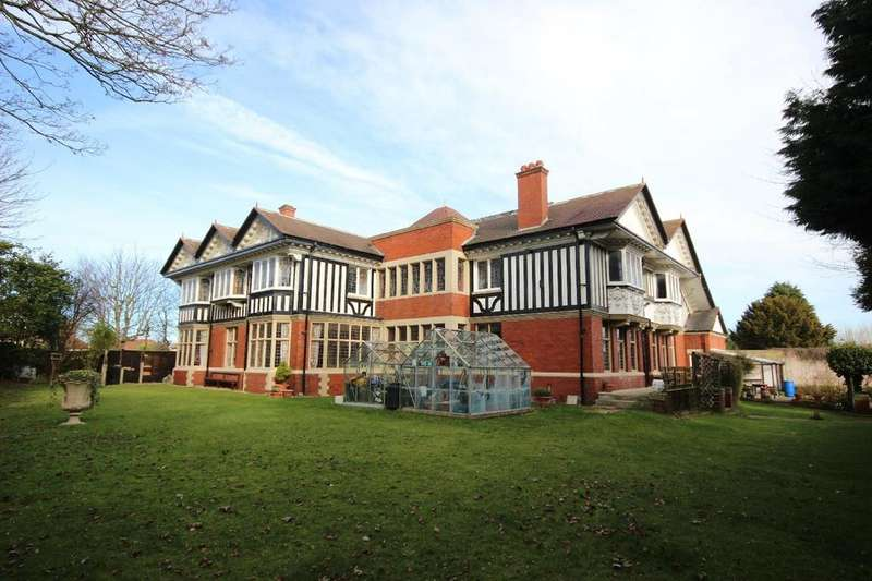 8 Bedrooms Detached House for sale in Grange Road, Hartlepool