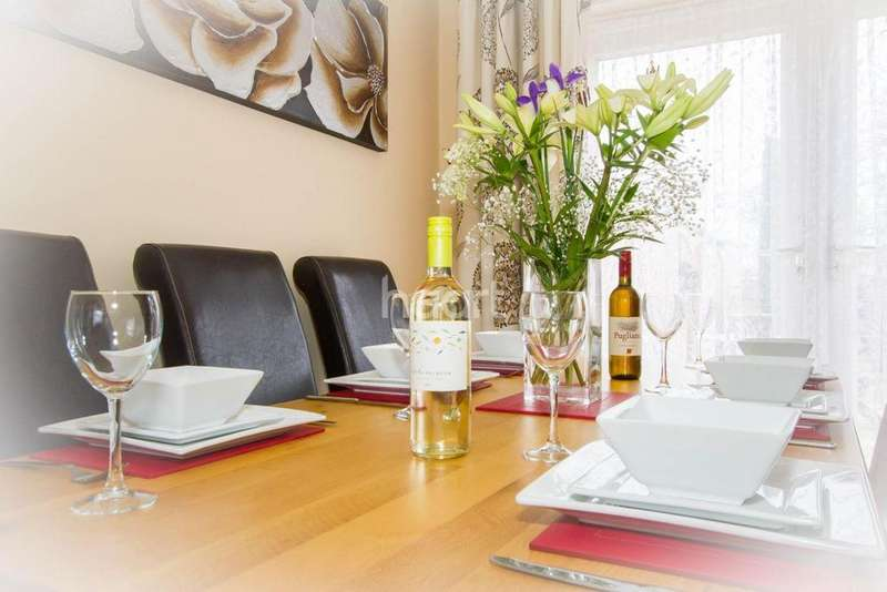 3 Bedrooms Terraced House for sale in Cherry Way