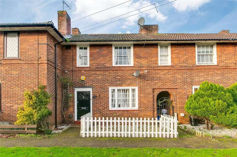 3 Bedrooms Terraced House for sale in Huntingfield Road, Putney, London
