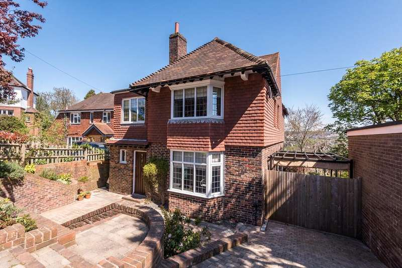 4 Bedrooms Detached House for sale in Tivoli Crescent North, Brighton, BN1