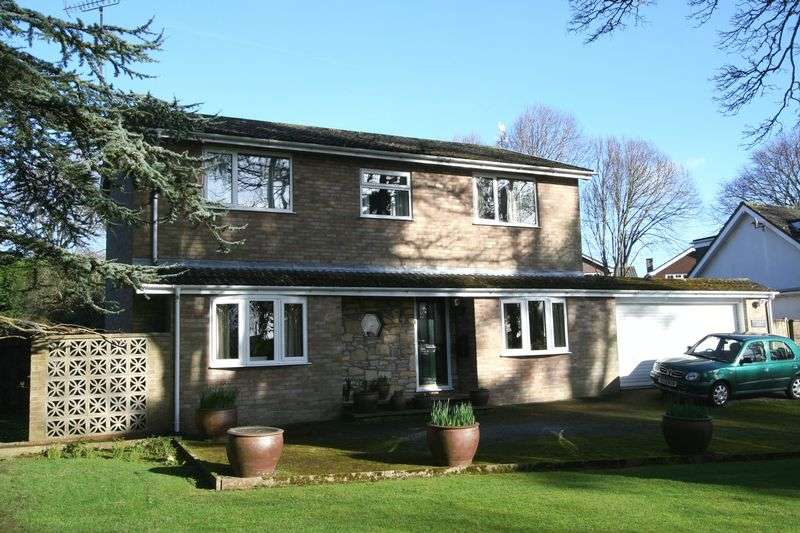 4 Bedrooms Detached House for sale in Mill Lay Lane, Llantwit Major