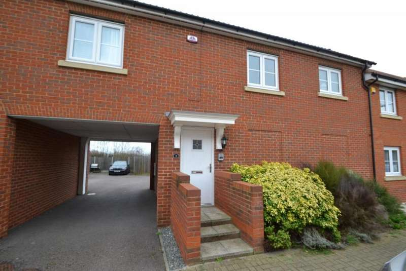 2 Bedrooms House for sale in The Nave, Laindon, Basildon, Essex, SS15