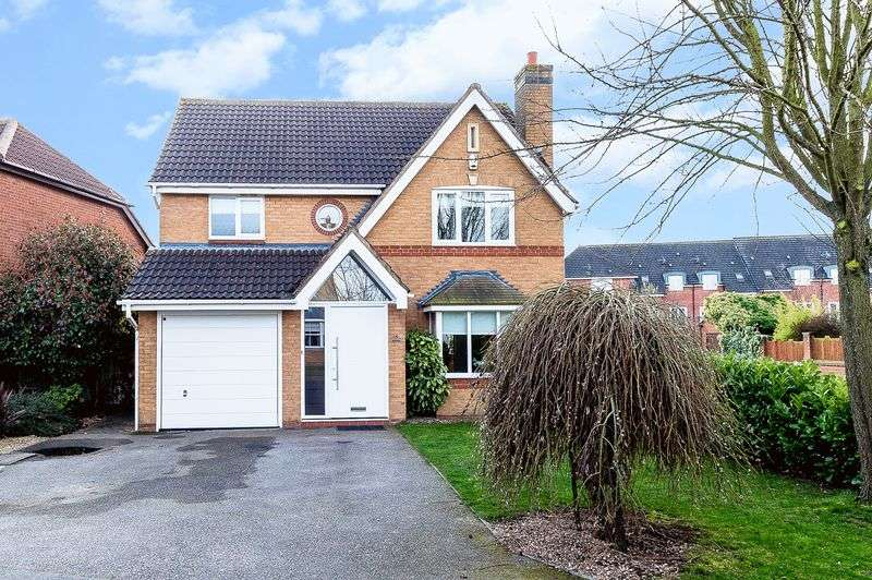 4 Bedrooms Detached House for sale in Birch Close Loughborough
