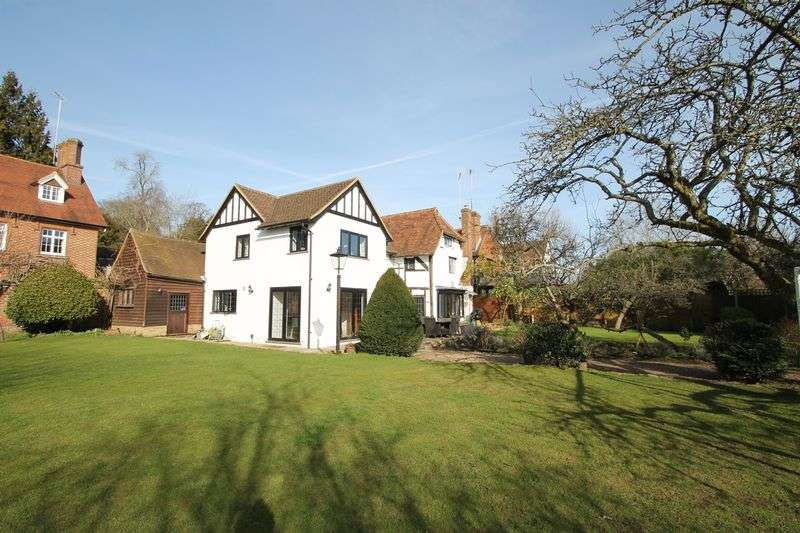 4 Bedrooms Detached House for sale in Upper Street, Shere