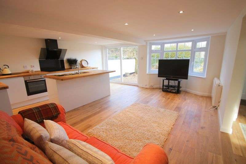 3 Bedrooms Terraced House for sale in The Row, Elham