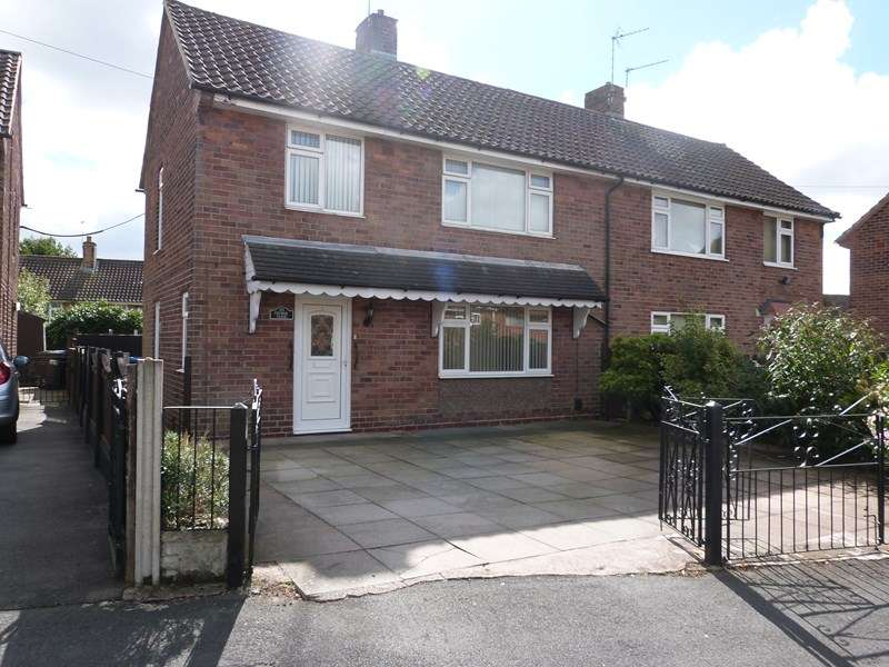 3 Bedrooms Semi Detached House for sale in Church Close , Biddulph, ST8 6LZ