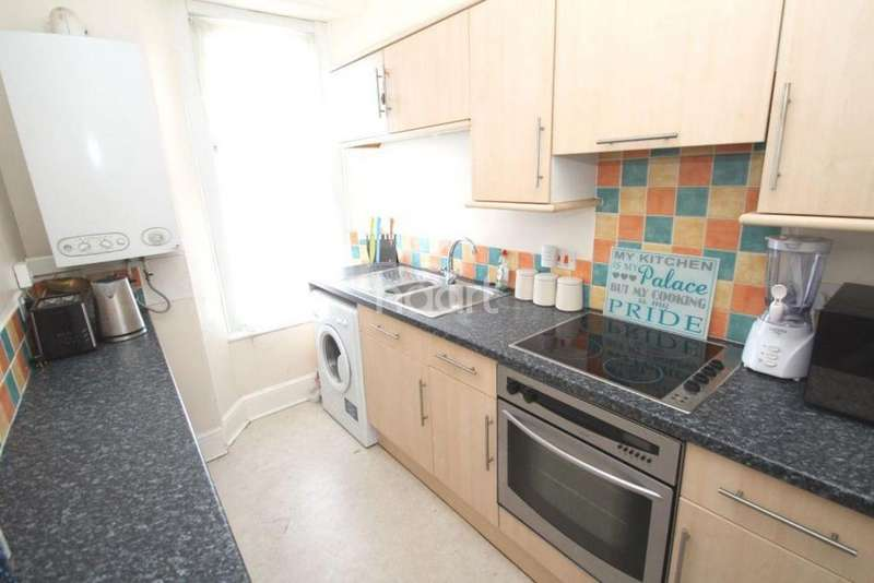 1 Bedroom Flat for sale in Hyde Park Road, Plymouth, Devon