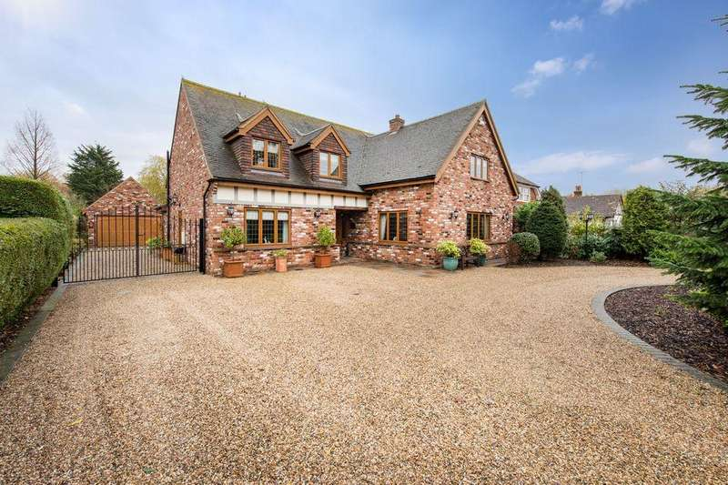 4 Bedrooms Detached House for sale in Ramsden Bellhouse