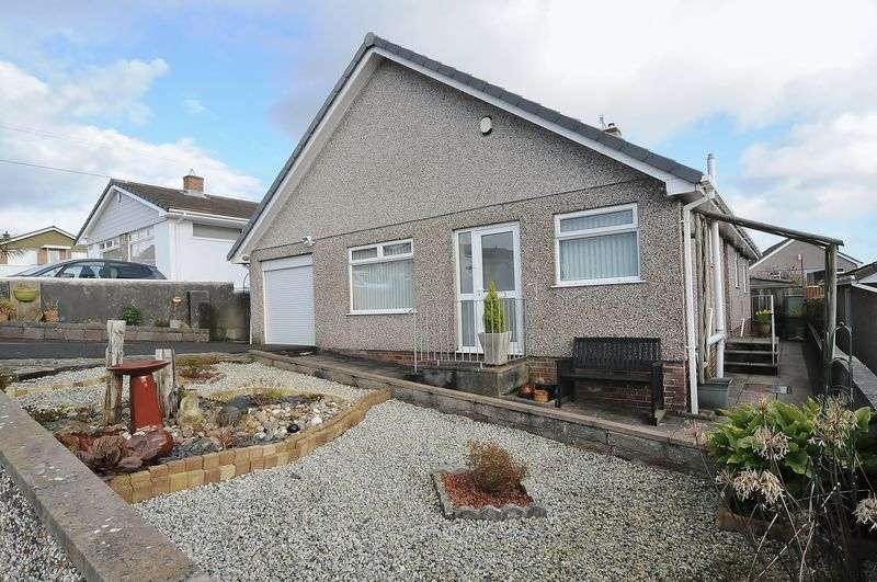 4 Bedrooms Detached Bungalow for sale in Langmead Road, Plymouth. Spacious Extended Dormer Bungalow