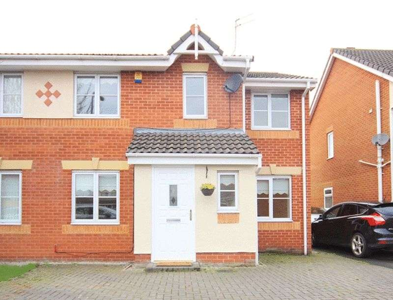 4 Bedrooms Semi Detached House for sale in Westbury Close, Halewood, Liverpool, L25