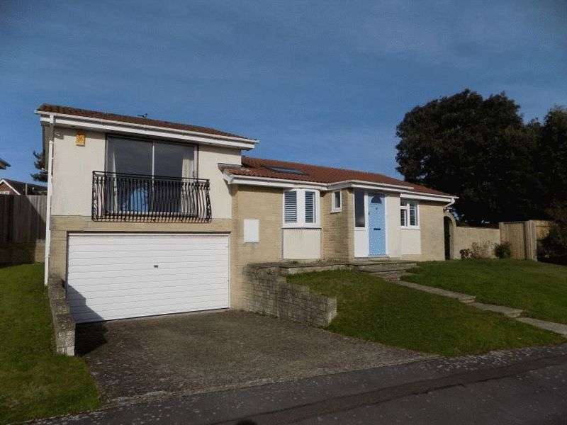 3 Bedrooms Detached House for rent in Roscrea Drive, Bournemouth