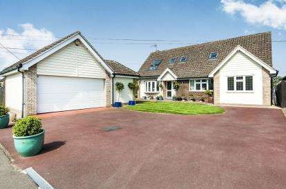 5 Bedrooms Detached House for sale in Fyfield, Ongar, Essex