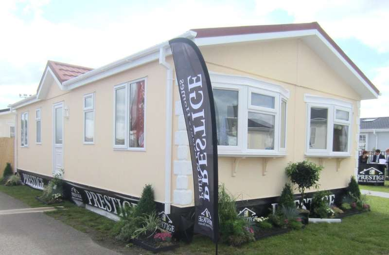 2 Bedrooms Chalet House for sale in St. Merryn Holiday Park, St. Merryn