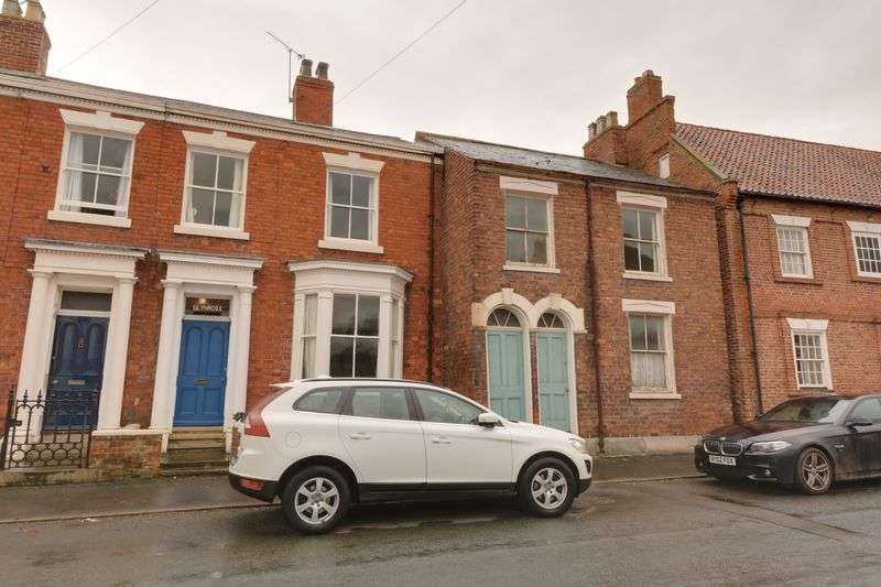 4 Bedrooms Terraced House for sale in Glynross, Barrow-Upon-Humber