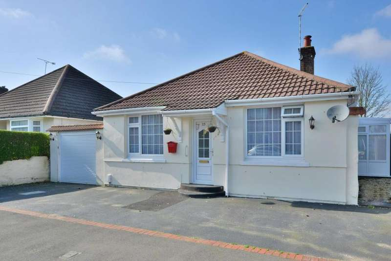 3 Bedrooms Detached Bungalow for sale in Buckingham Road, Poole, Dorset