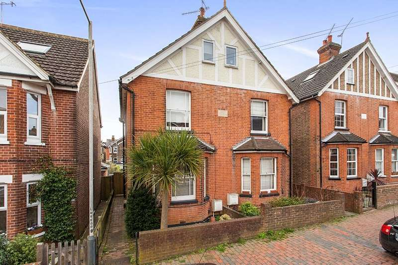 3 Bedrooms Semi Detached House for sale in Meadow Road, Rusthall, Tunbridge Wells, TN4