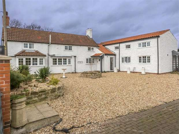 4 Bedrooms Detached House for sale in Kettlethorpe Road, Fenton, Lincoln