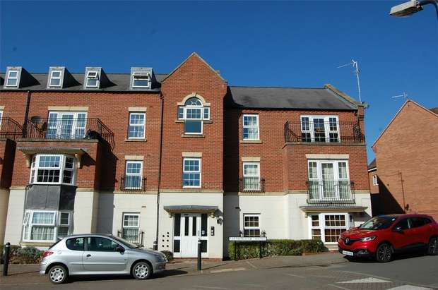 1 Bedroom Flat for sale in Farnborough Avenue, RUGBY, Warwickshire