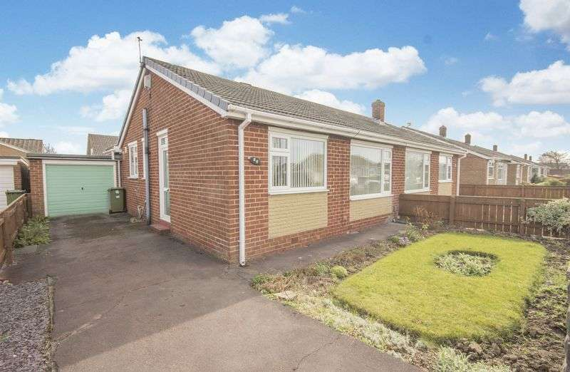 2 Bedrooms Semi Detached Bungalow for sale in Newton Drive, Thornaby, TS17 0EL
