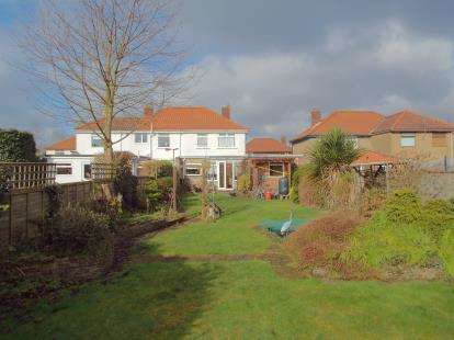 3 Bedrooms Semi Detached House for sale in Sprowston, Norwich, Norfolk