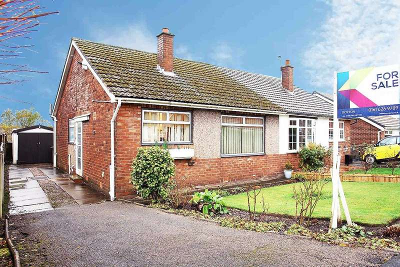 3 Bedrooms Semi Detached Bungalow for sale in 27 Bodmin Close, Royton