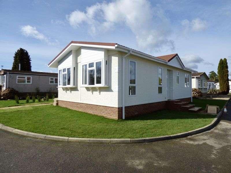 2 Bedrooms Property for sale in Horsham Road, Dorking