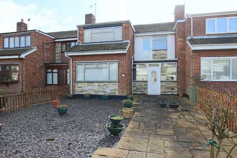 3 Bedrooms House for sale in Kestrel Green, Oulton Broad, Lowestoft