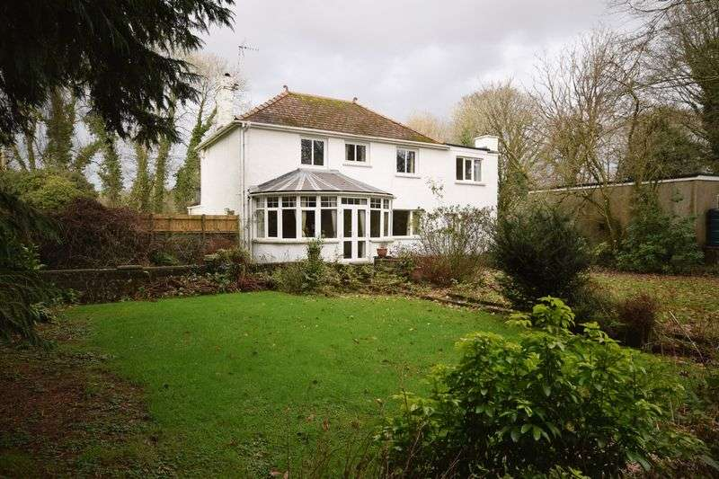4 Bedrooms Detached House for sale in Tondu Road, Bridgend