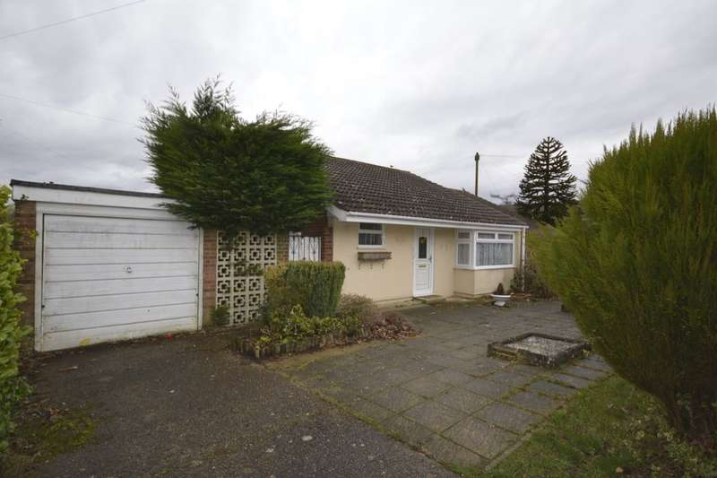 2 Bedrooms Semi Detached Bungalow for sale in Elder Close, Kingswood, Maidstone, ME17