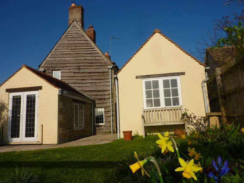 3 Bedrooms Cottage House for sale in Milton-under-Wychwood, Oxfordshire
