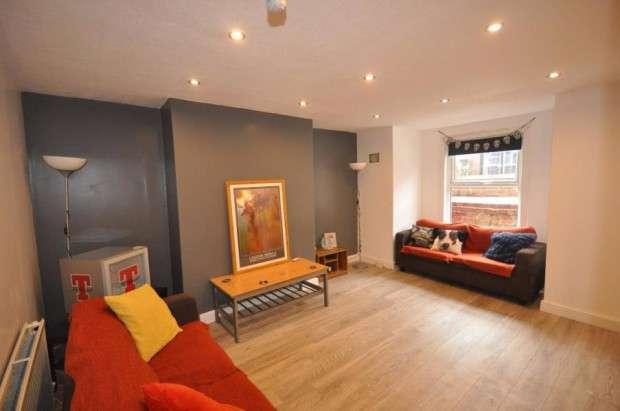 6 Bedrooms Terraced House for rent in Richmond Mount, Leeds, LS6