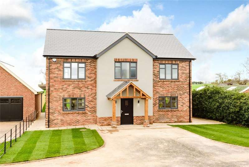 4 Bedrooms Detached House for sale in 5 Hawthorn Close, Harmer Hill, Shrewsbury, Shropshire