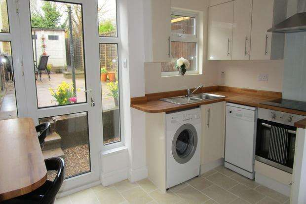 3 Bedrooms Terraced House for sale in King Street, Enderby, Leicester, LE19