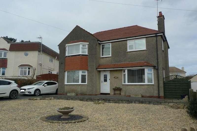 3 Bedrooms Detached House for sale in Overlea Avenue, Deganwy