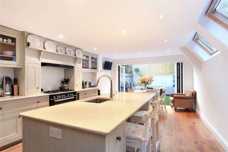 5 Bedrooms House for sale in Grimston Road, London, SW6